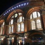 Nachts vorm Bremer Hauptbahnhof