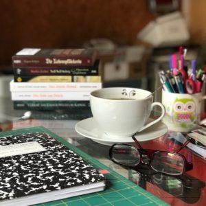 und wieder Zuhause am Schreibtisch.