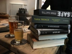Die besprochenen Bücher