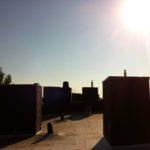 Schornsteine und Sonne