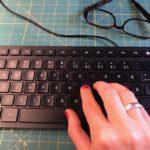 """Einen Blogbeitrag für die Blogparade """"Schreiben über das Schreiben"""" schreiben."""